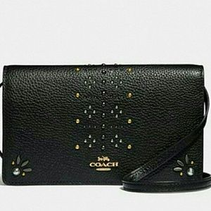 💜{NEW WITH TAGS}●COACH Leather Crossbody Clutch💜